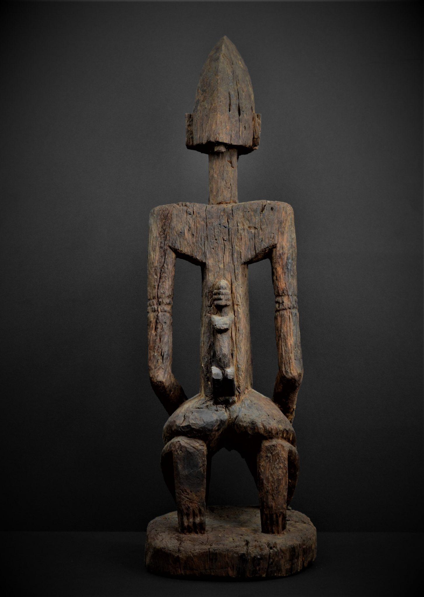 dogon statue dos