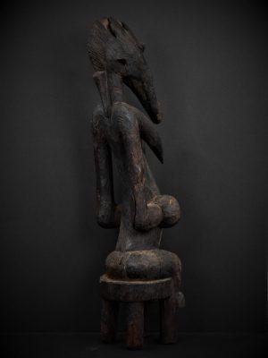 Statue Féminine Sénoufo 3quarts arrière droit