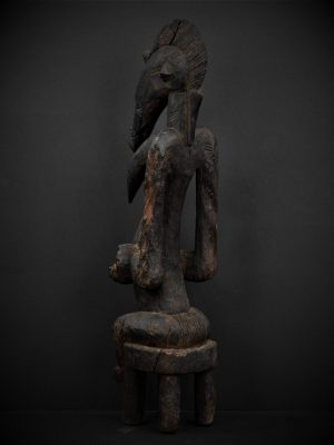 Statue Féminine Sénoufo 3quarts arrière gauche