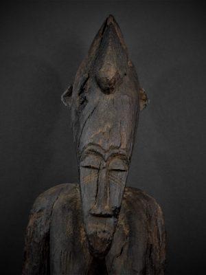 Statue Féminine Senoufo 1er plan face