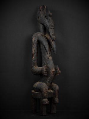 Statue Féminine Senoufo 3quarts droite