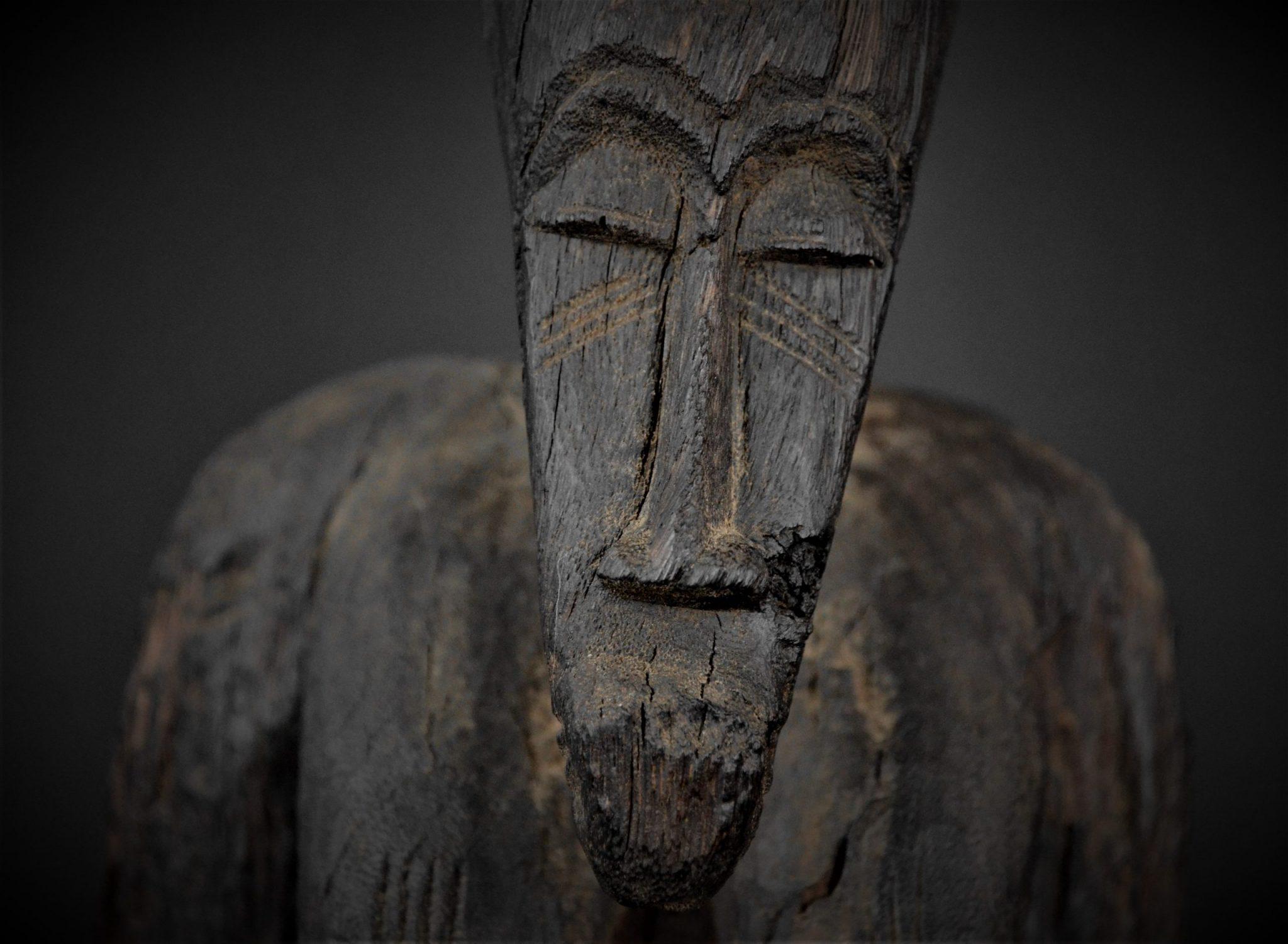Statue Féminine Senoufo détail face