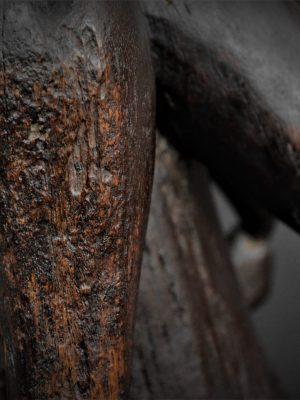 Statue Maternité Senoufo 1er plan bras