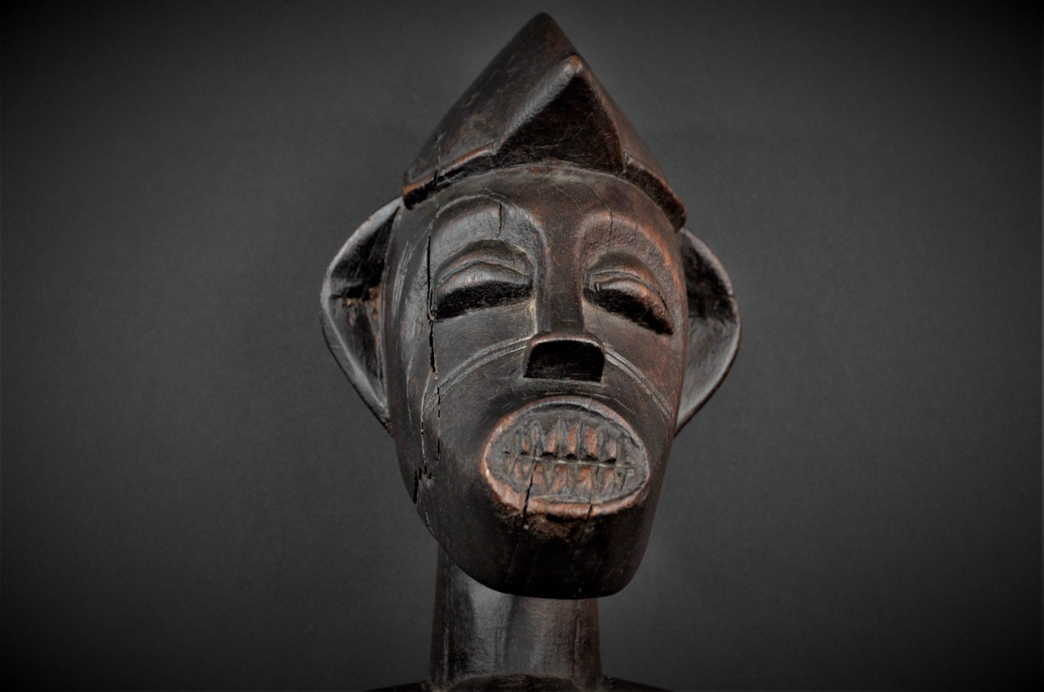 Statue Maternité Senoufo 1er plan face