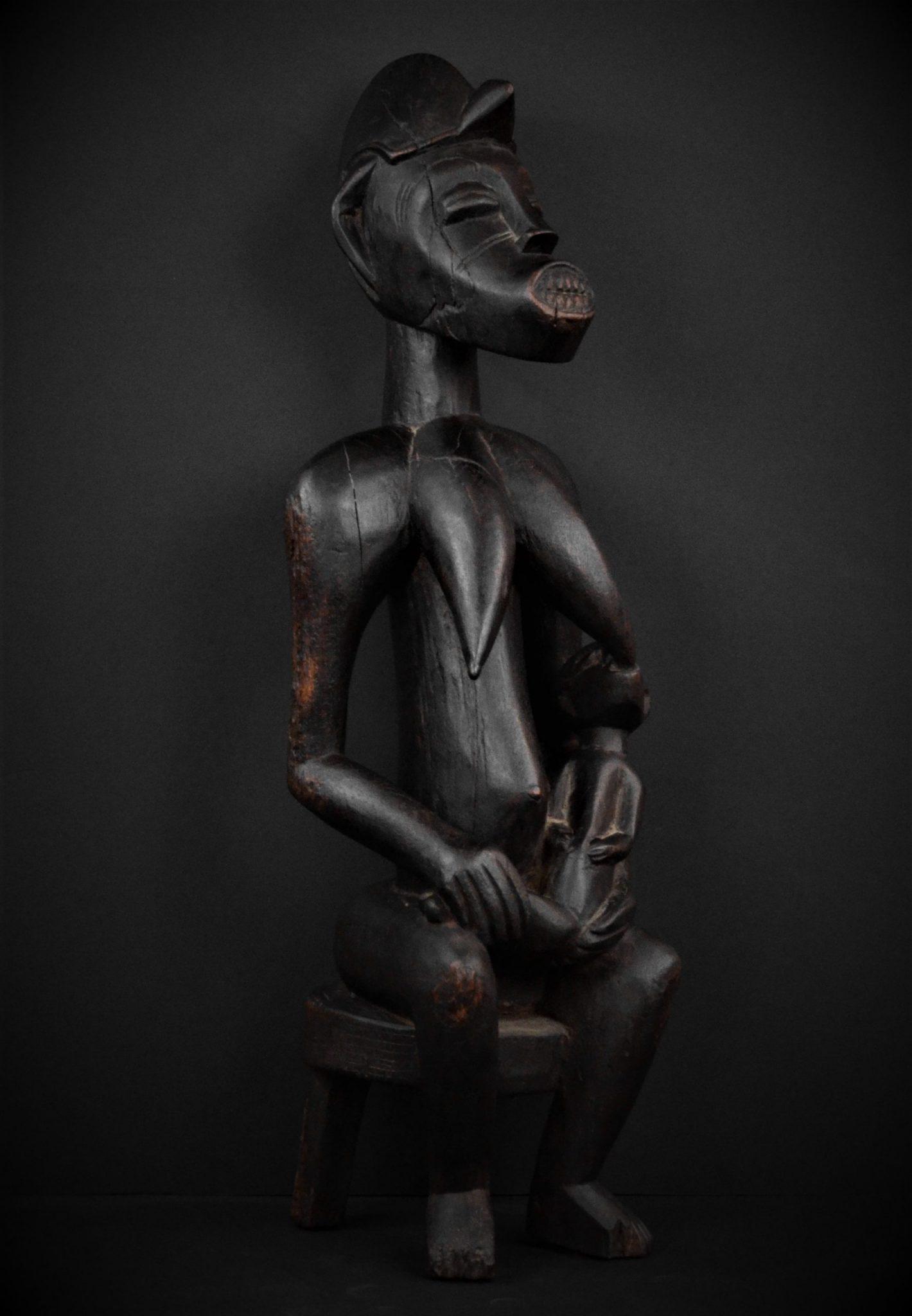 Statue Maternité Senoufo 3quarts droite