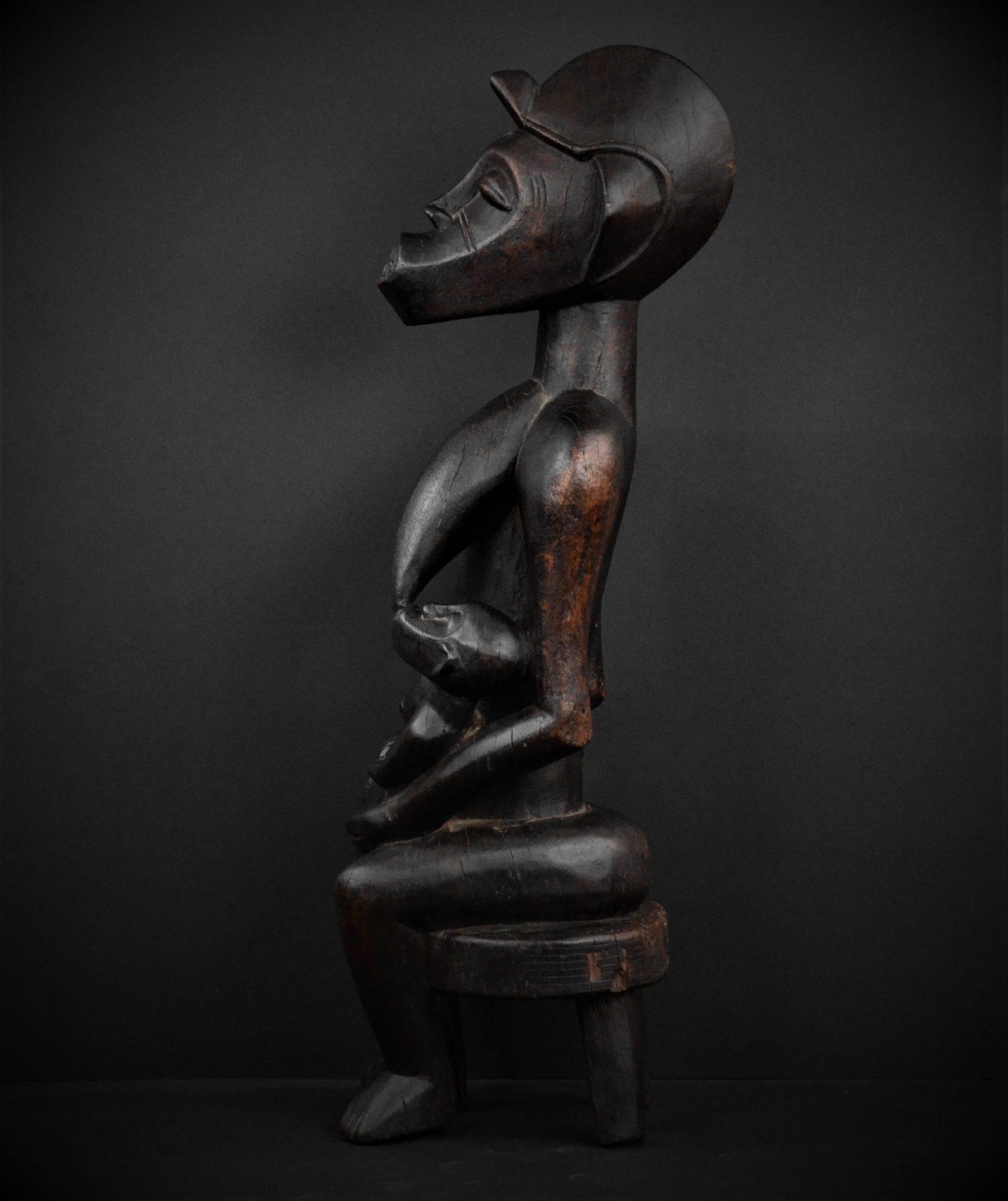 Statue Maternité Senoufo profil gauche
