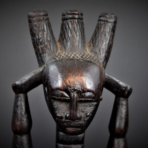 Statue Féminine Attié, Région Lagunaire, Côte d'Ivoire