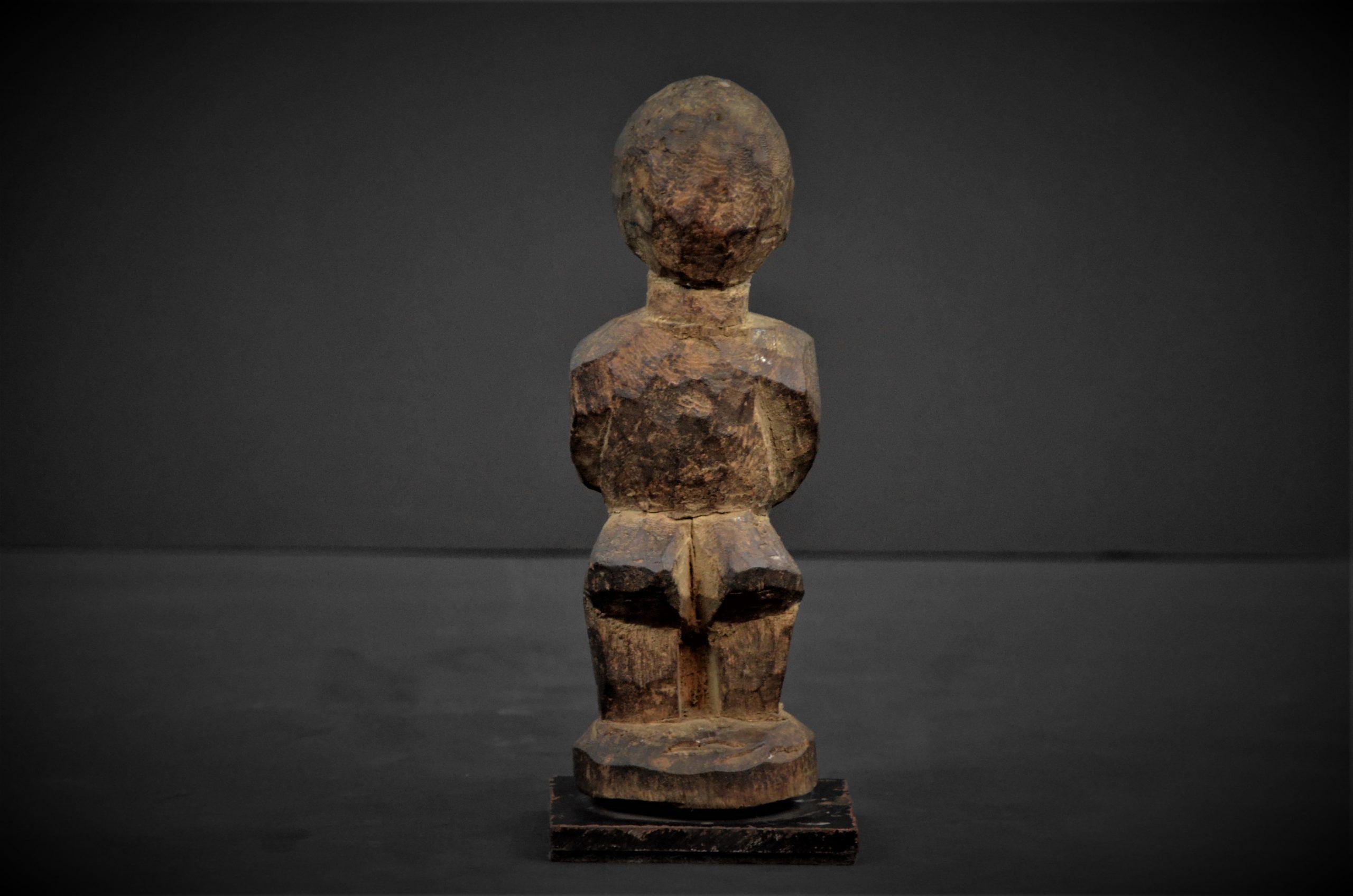 statuette lobi 19