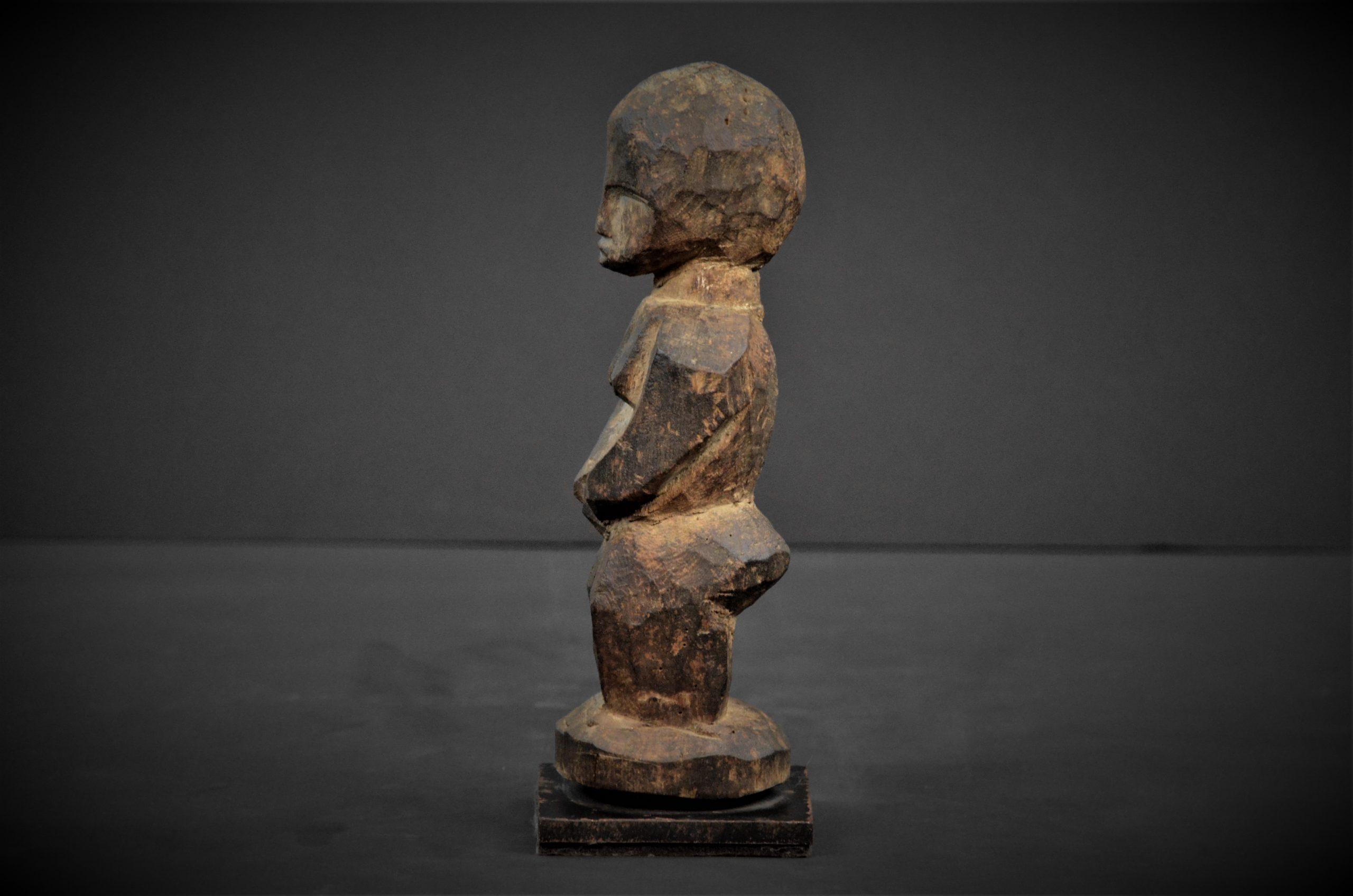 statuette lobi 21