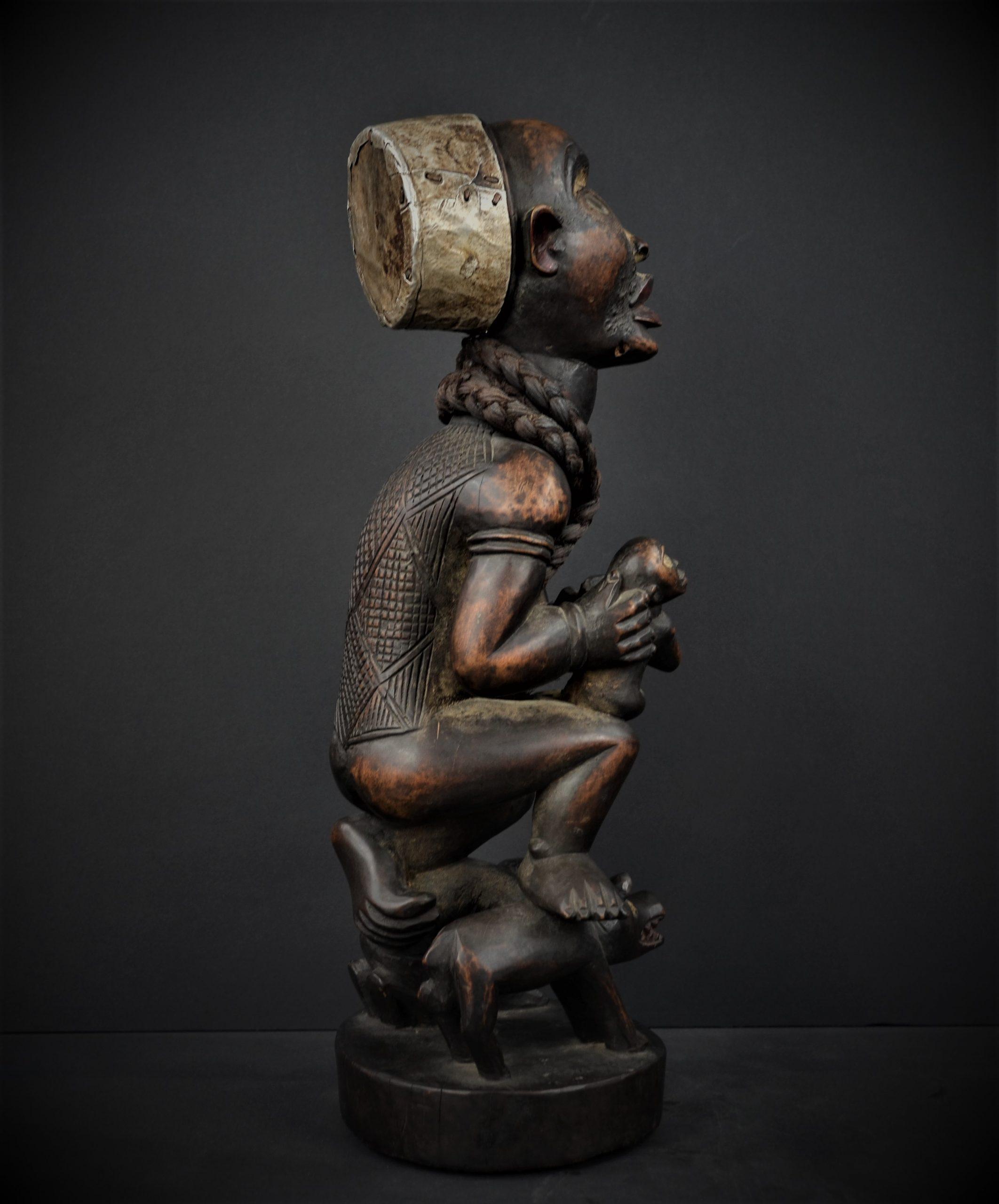 Kongo statue 22