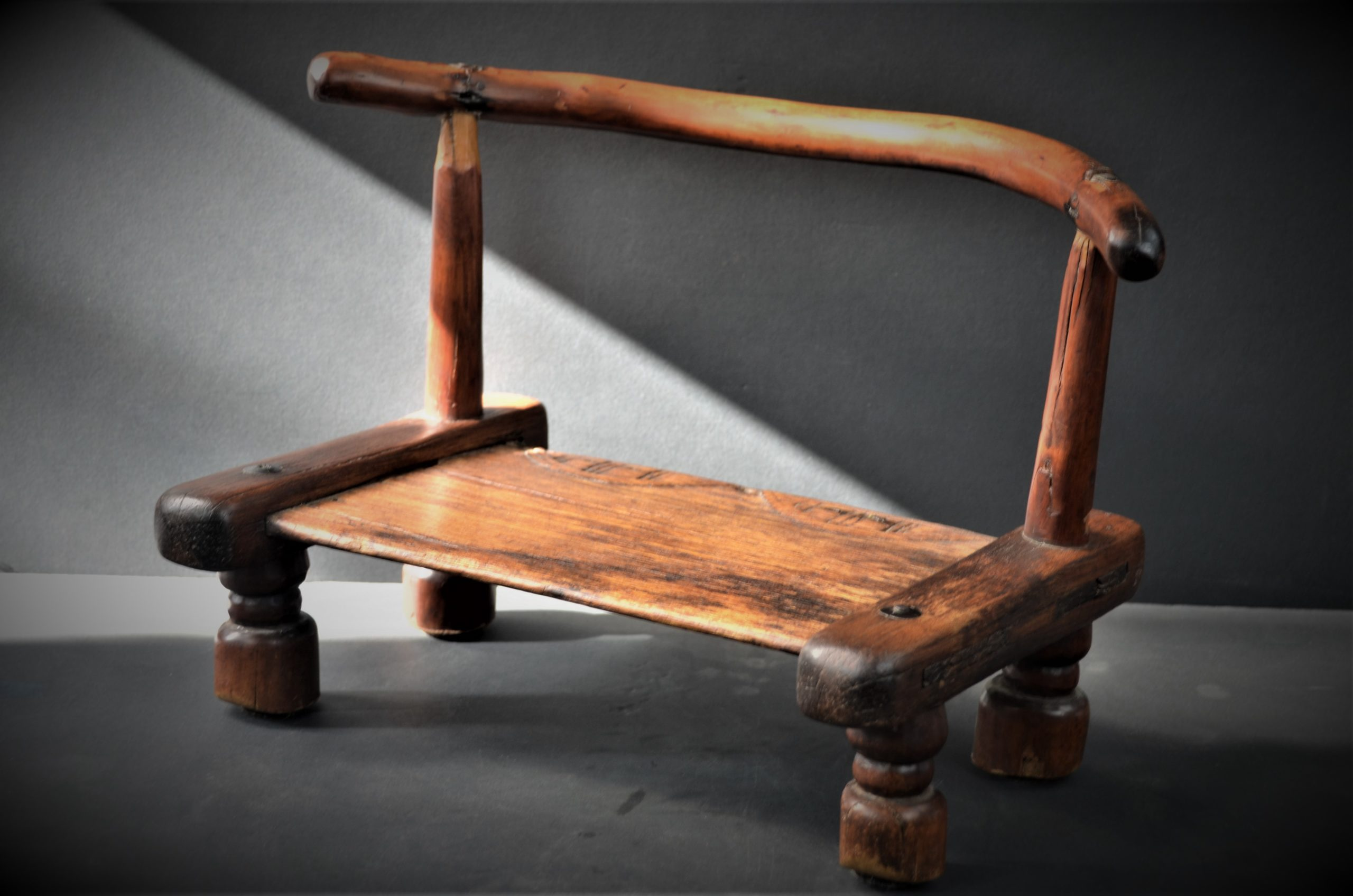 chaise dan 14