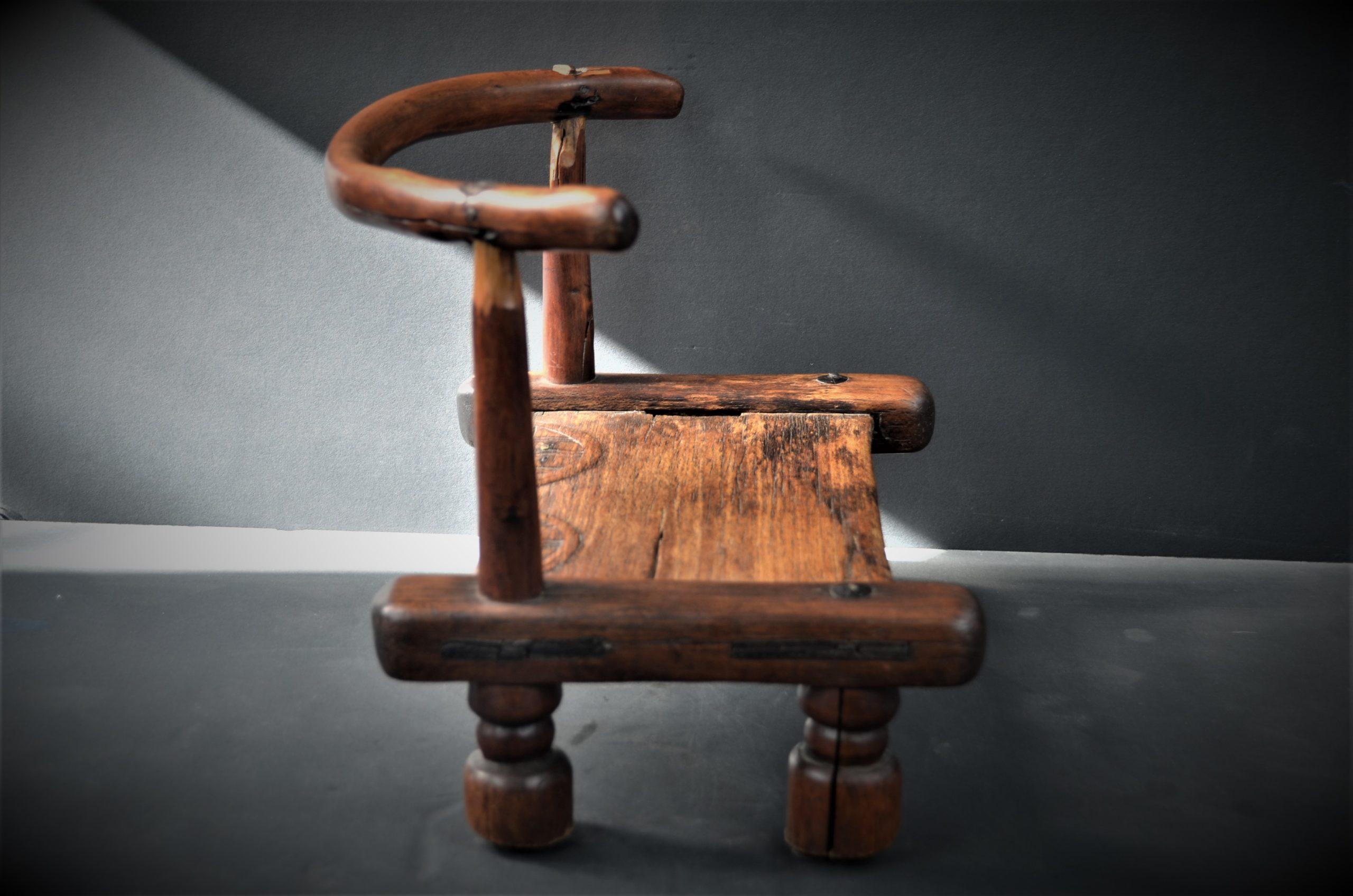 chaise dan 9