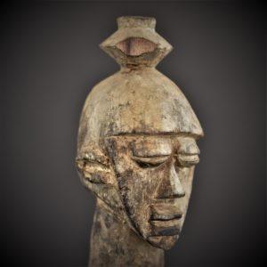Statue Lobi Féminine, Burkina Faso