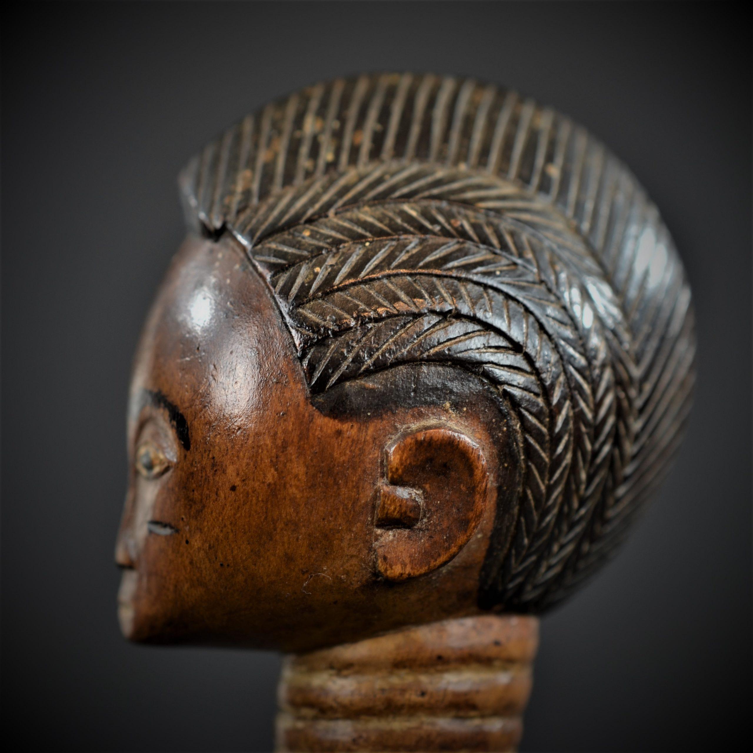statuette feminine baoule 7