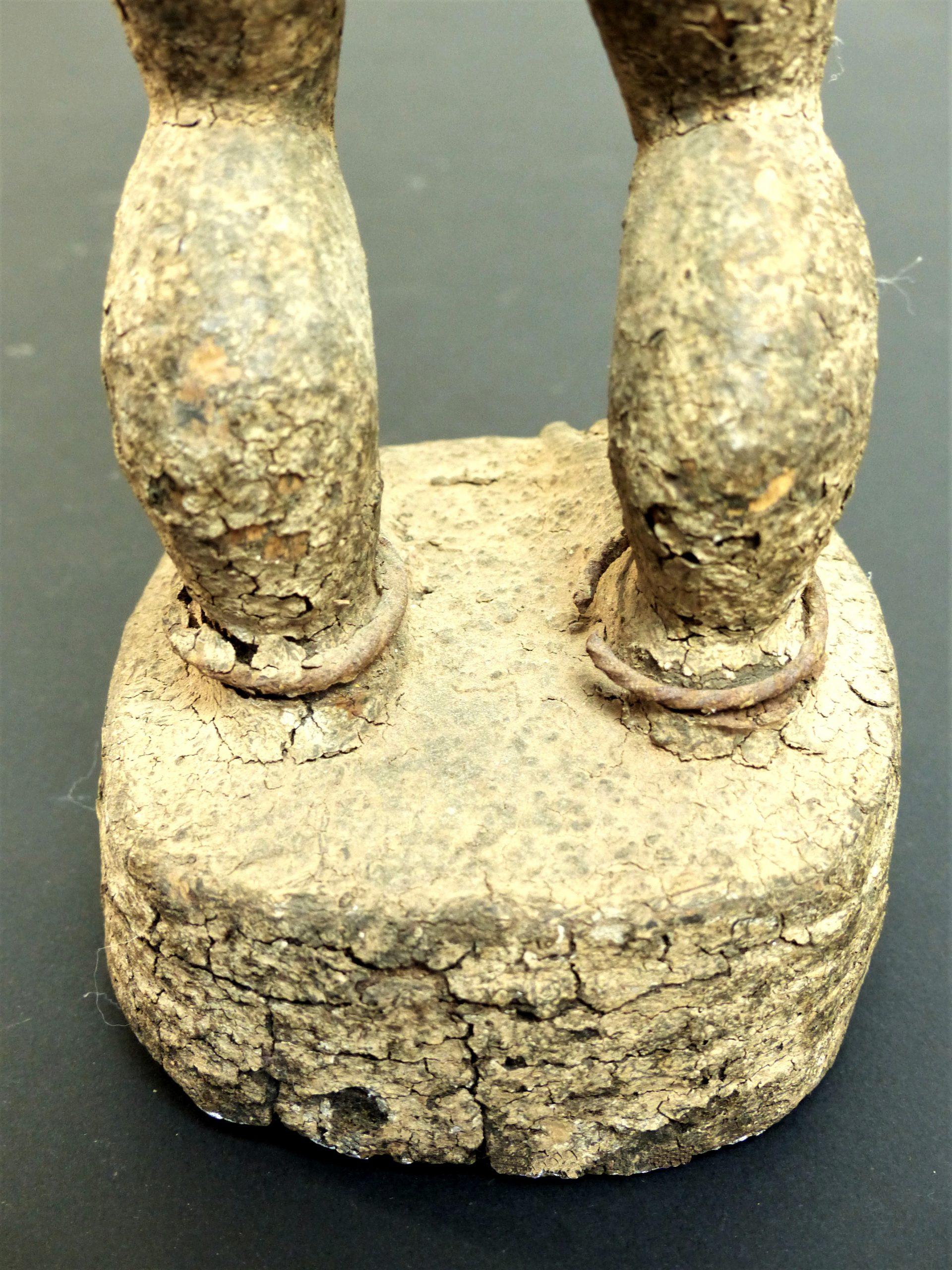 baule crouteux pieds dos