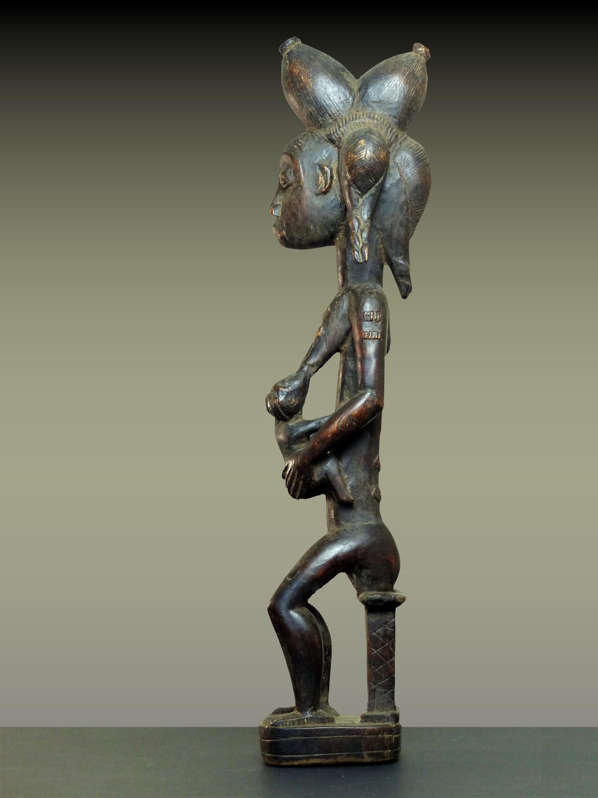 baule mater en pied profil gauche