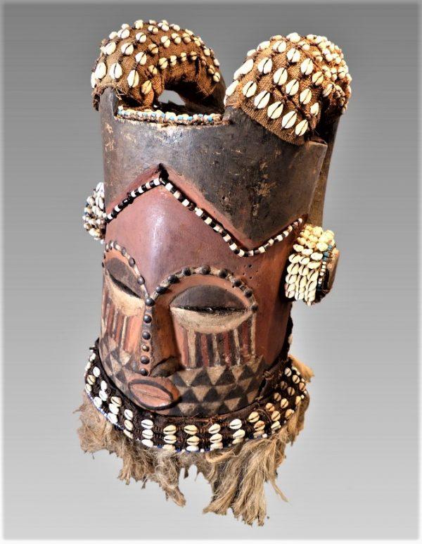 Masque-heaume Bélier Kuba Bushong, République Démocratique du Congo