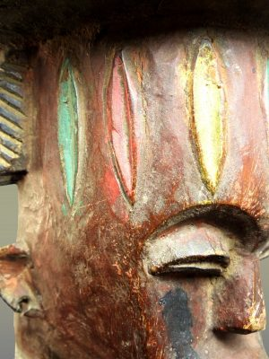 urhobo visage trois quart droit